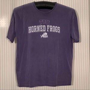 TCU Horned Frogs tee shirt.